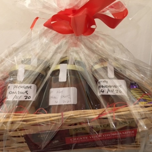 mini_jar_hamper
